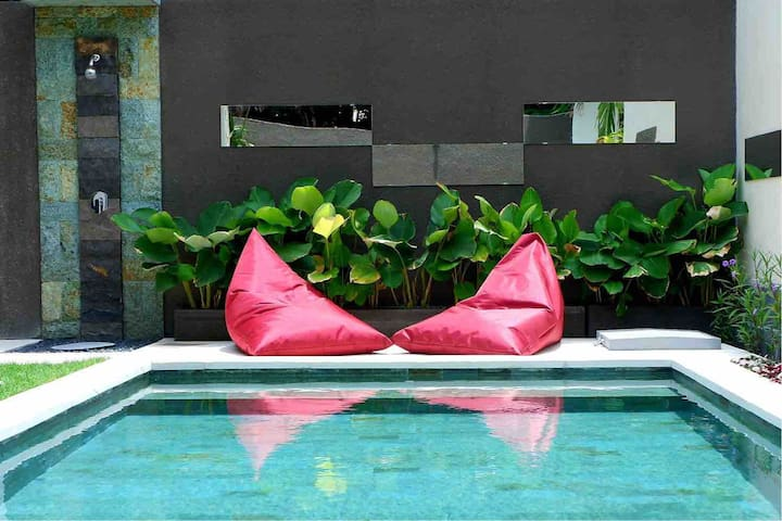 Mirror Bali Holiday 1BR - FREE Airport Transfer
