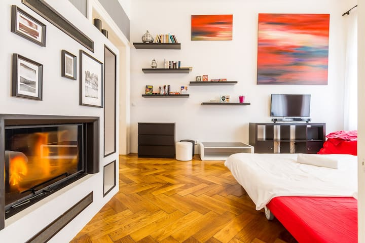 3BR Apt by the NATIONAL THEATRE