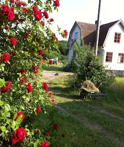 Charming house near Westcoast water - Brastad - Dom