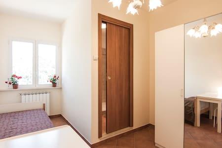 Single Room with bathroom, Frascati - Frascati