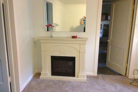 Central WY 2 bedroom FULL apartment - Casper