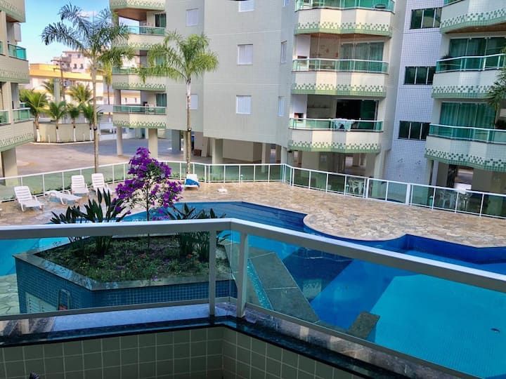 Apartamento em Ubatuba.  100 metros da praia.