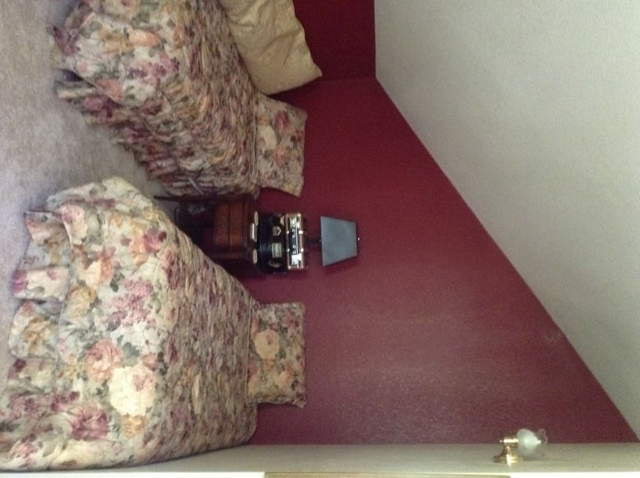Upstairs bedroom, $80, private bath
