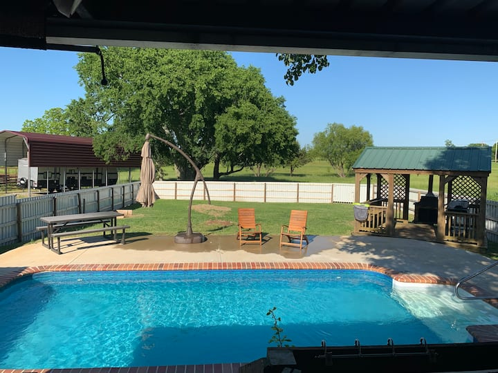 Rodeo Ranch 55 acres, 3 Bdr, Pool, 1/3 mile/casino