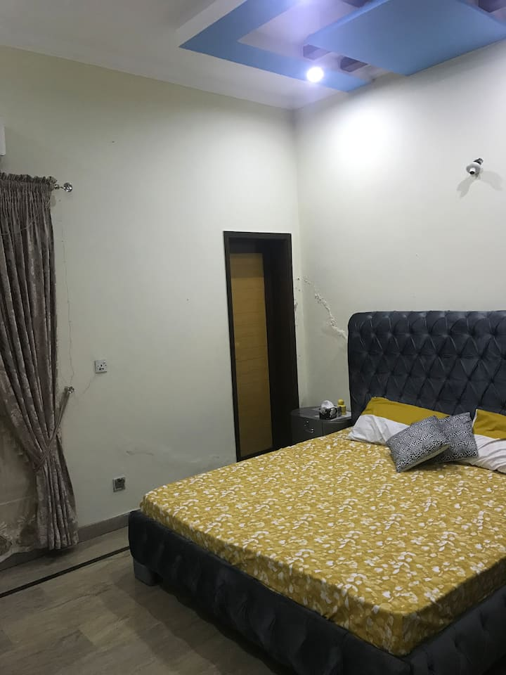 Room with double bed for Families (Couples) only