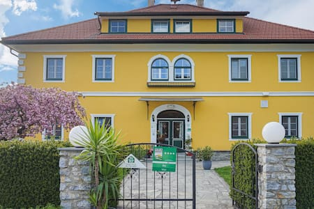 Holiday apartment with 2 bedrooms on 80m² in Friesach-Dürnstein