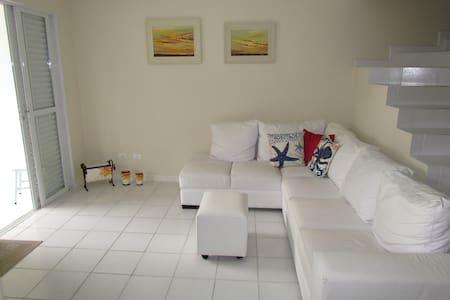 Ótima casa em Penha-SC, ideal para famílias - Penha