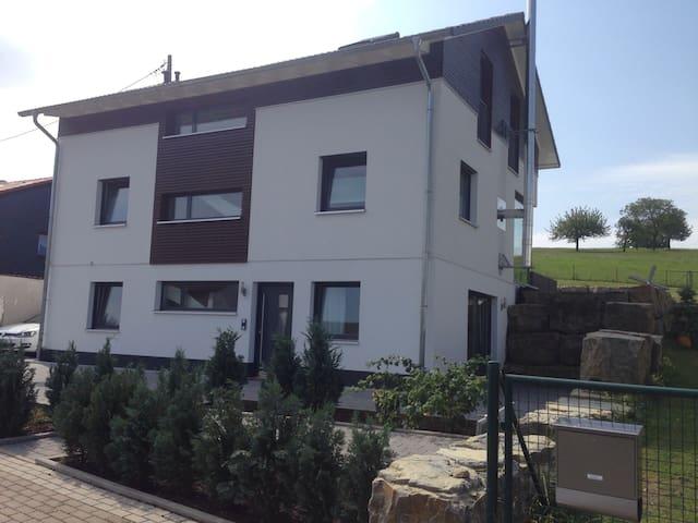 Gemütliche Einliegerwohnung - Rosenberg (Baden) - Appartement