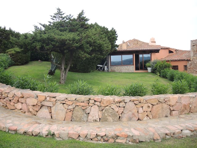 VILLA, WIFI, SEA VIEW, GARDEN, POOL - Porto Cervo - House