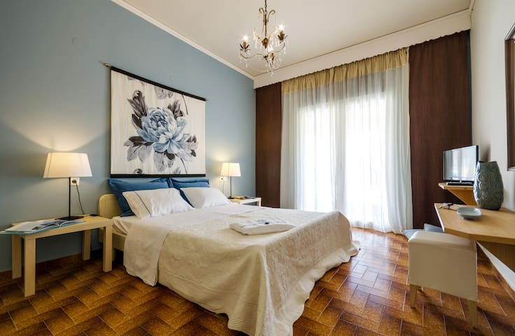 Nautilus Boutique Apartment - Mires - Apartamento