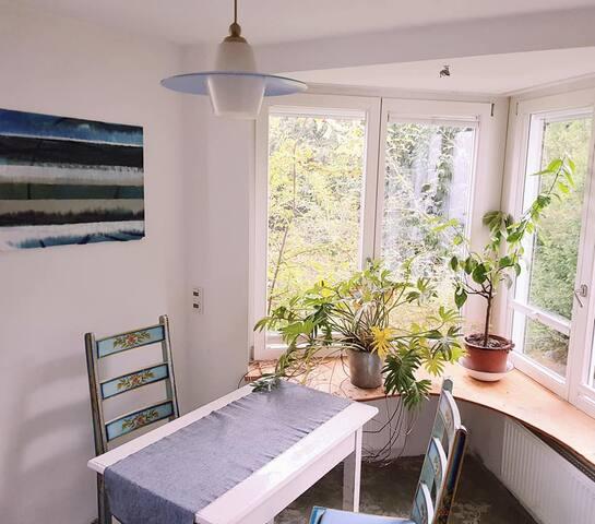 15 qm Zimmer/Atelier München Land- Südosten
