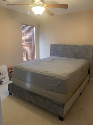 Lovely Bedroom Available with a Queen Sized Bed