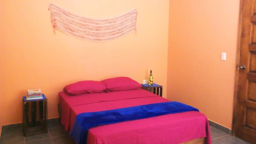 Private room near downtown - Oaxaca - Apartamento