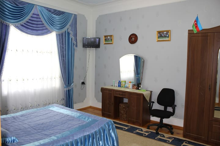 2nd Floor, 2nd Bedroom: Double bed,  TV, wardrobe.