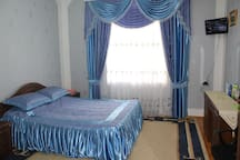 2nd Floor, 2nd Bedroom: Double bed,  TV, Wi-Fi, wardrobe.