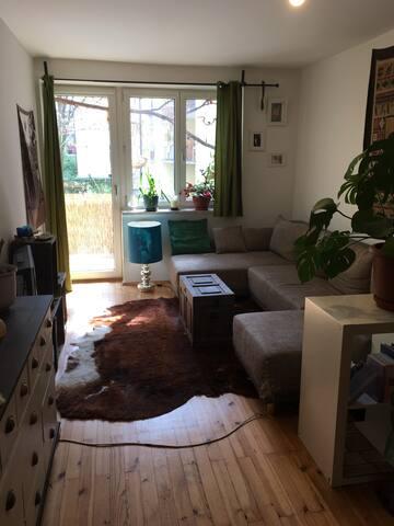Gemütliche 2-Zimmer-Wohnung am Südbad! - Munique - Condomínio