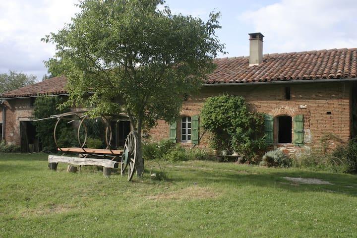 Agréable ferme au sud de Toulouse - Mauvaisin