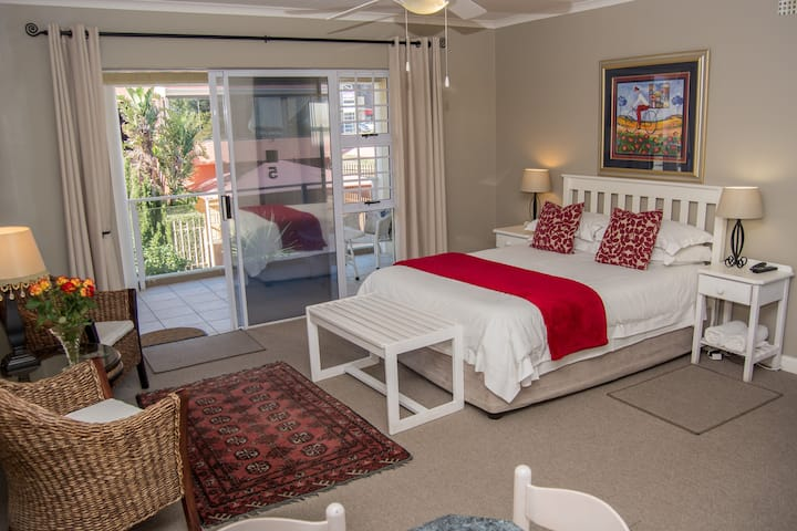 Diaz Beach GH Room 5