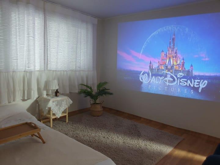 빔 프로젝터📽,방 3개💕,나만의 영화관,화이트톤의 아늑한 숙소,구성역 도보8분
