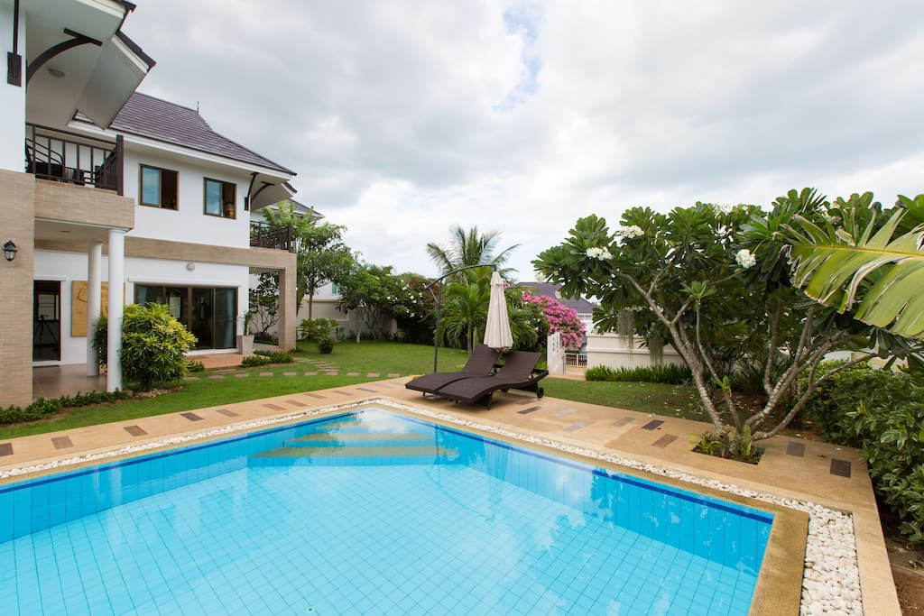 Beautiful private 12m pool villa with big garden for Garten pool 3m
