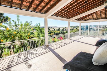 Orchard View - Maroni - Talo