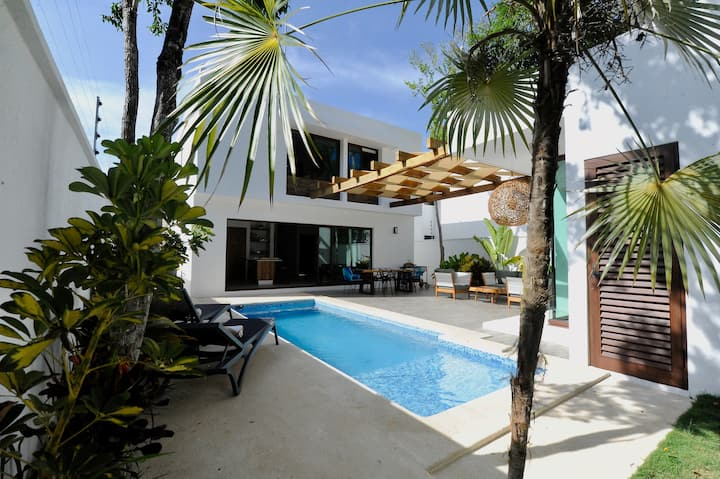 Luxury House - Casa McConnie Tulum w/ Pool & BBQ