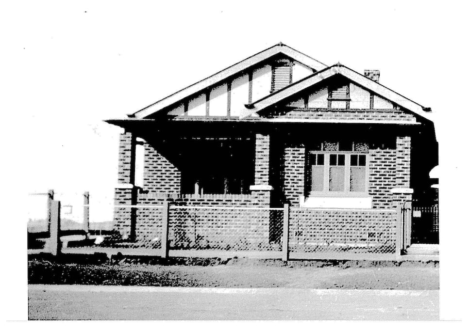 Dwyer's Cottage - built 1910