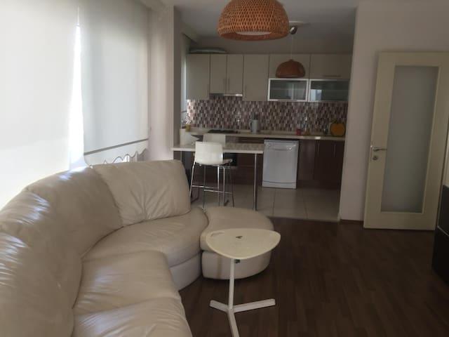 Havuzlu Lüx Daire