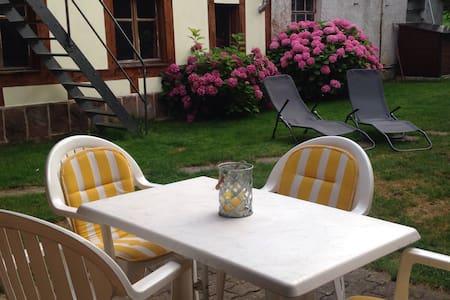 Dans corps de ferme - Lampertheim - บ้าน