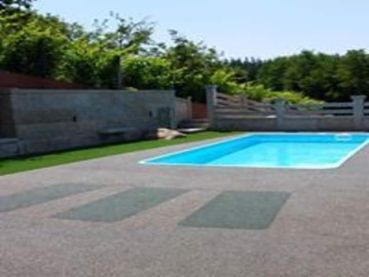 House - 3 Bedrooms with Pool - 104093