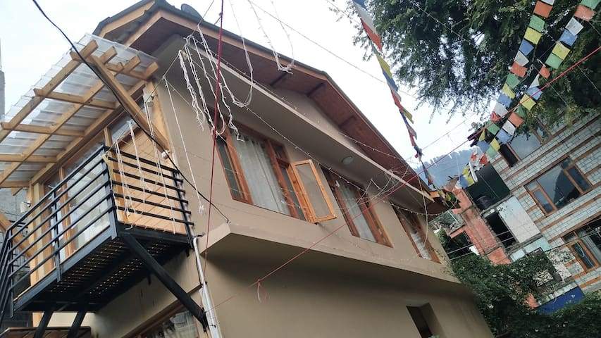 Lonchenpa Cottage : In the heart of Manali