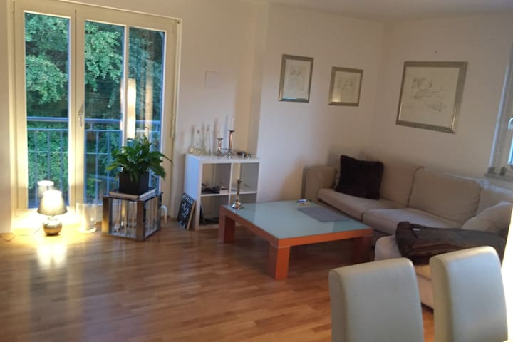 Beautiful apartment at the lake not far from Muc