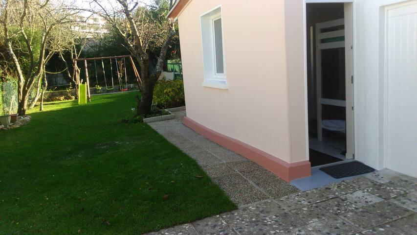 Un espace privé au calme - Roissy-en-Brie