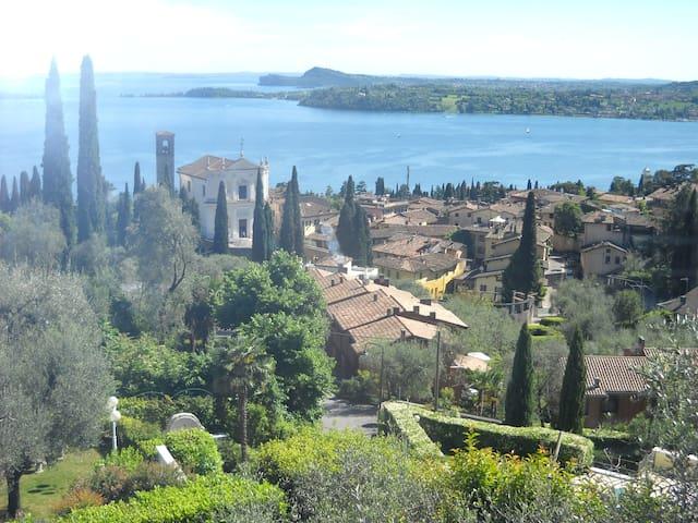 Riposa le ali al Tesòlo - Gardone Riviera - Bed & Breakfast
