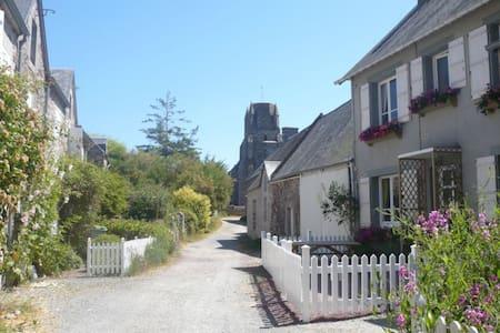 Strandhaus mit Meerblick - Regnéville-sur-Mer