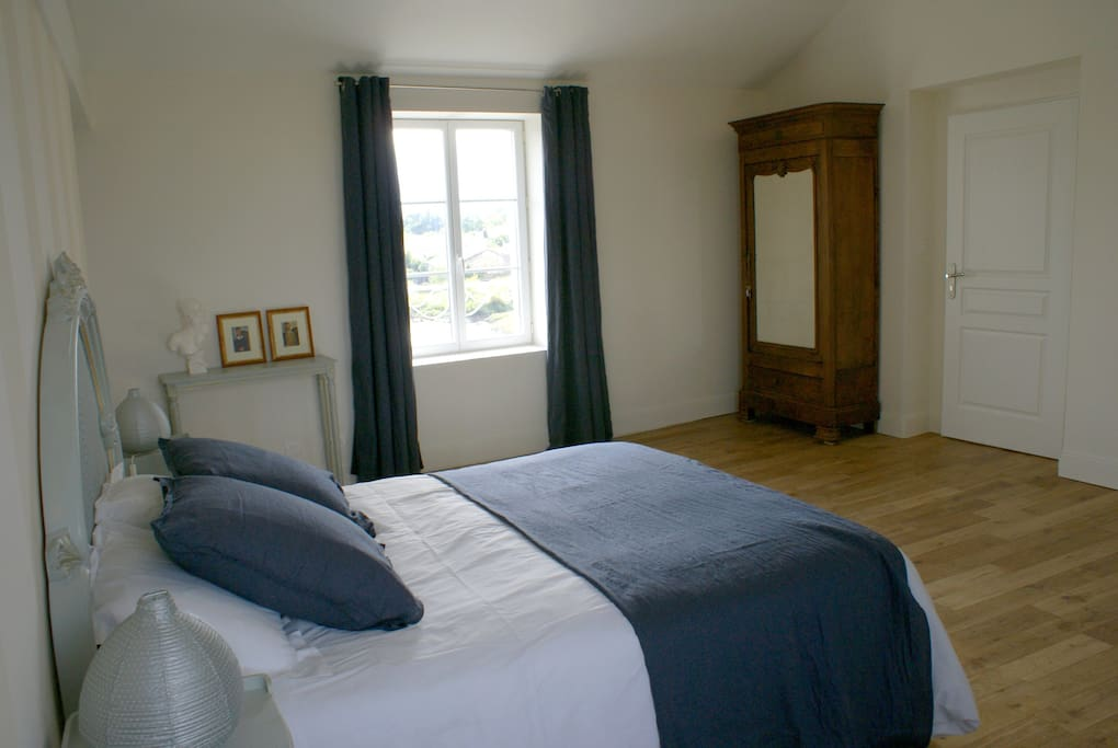 Chambre d 39 h tes proche royan ir bed and breakfasts for Maison hote royan