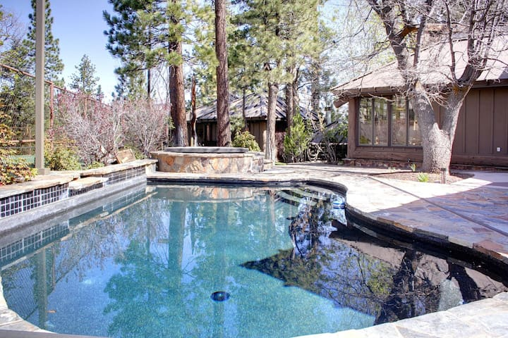 15 - HEAVENLY VALLEY ESTATE - PRIVATE POOL AND TENNIS COURT
