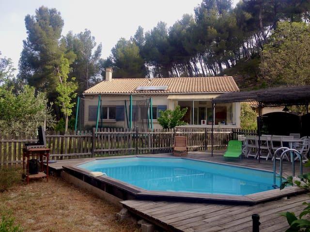 Maison avec piscine et potager - Meyrargues