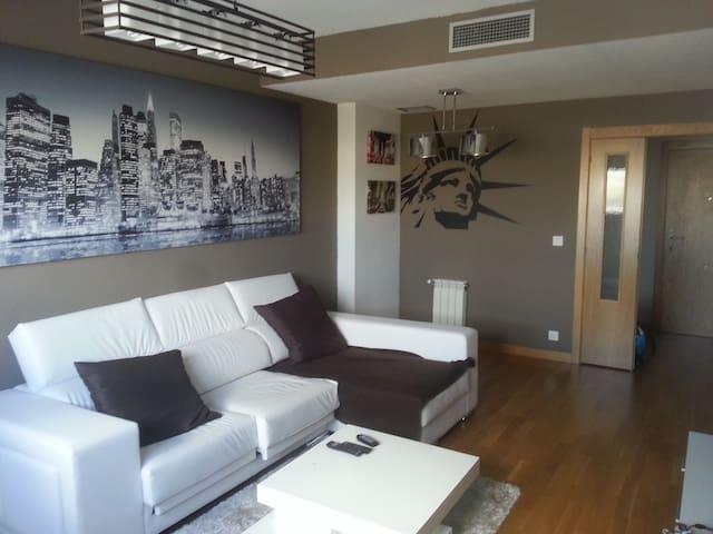 PISO EQUIPADO DE LUJO EN RIVAS - Rivas-Vaciamadrid - Apartament
