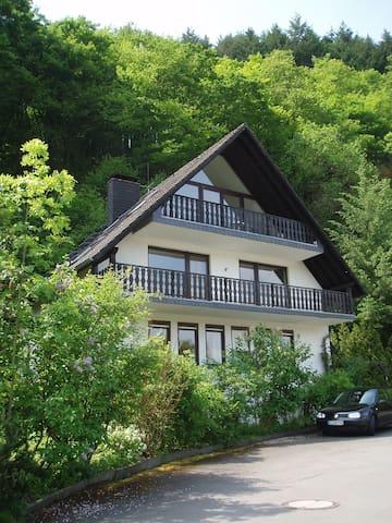 Geniet vd Moezel in apt Kräuterhaus - Traben-Trarbach - Apartment