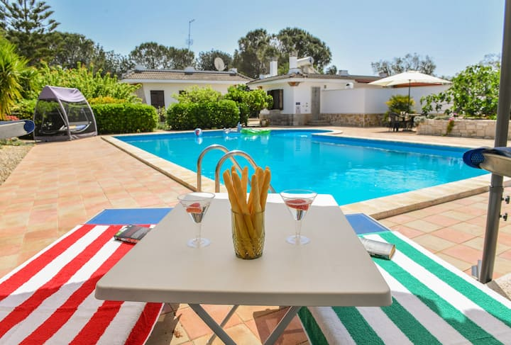 Villa Minore 1 bed cottage with PRIVATE pool