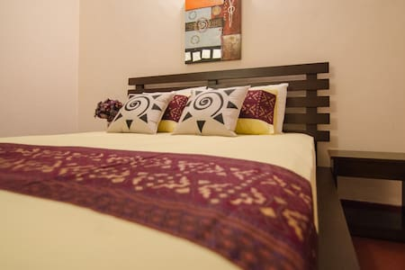 Stay in Colombo with Travel Writers - Colombo - Dom