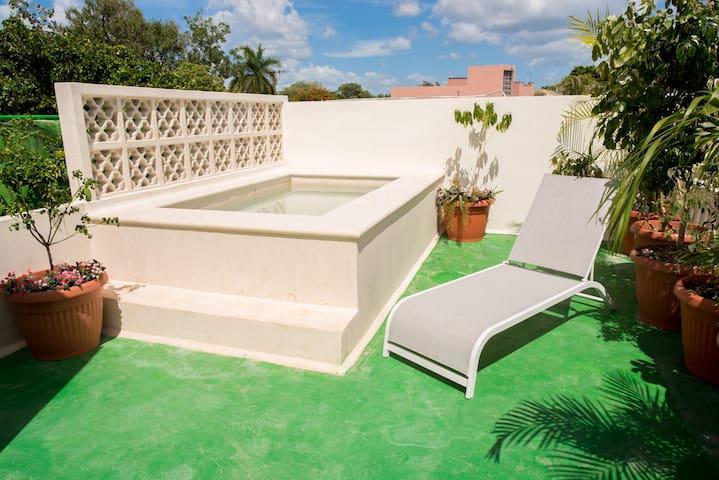 La Ermita, Casa Lucía