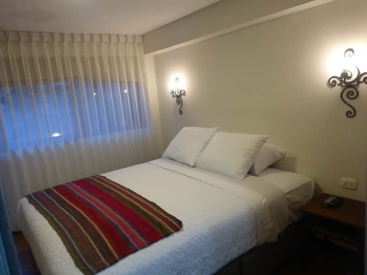 Casa Recoleta04 linda habitación baño privado wifi