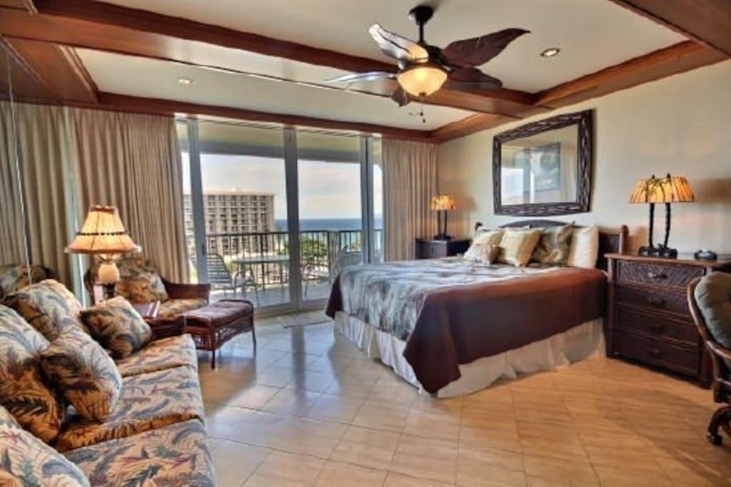 Spacious studio suite.  Great for honeymoons!!!