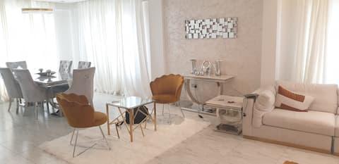 Luxuriöses Privatzimmer mit kostenlosem Frühstück