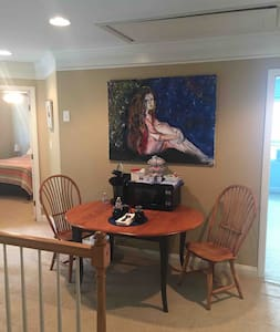 2 bedroom space w/private bath and breakfast area