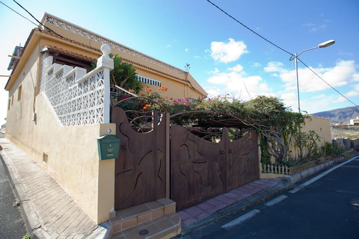 RURAL HOUSE TENERIFE CANARY ISLANDS - Arafo - Huoneisto