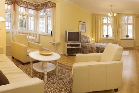 Gemütliches Wohnung Villa Granitz 4