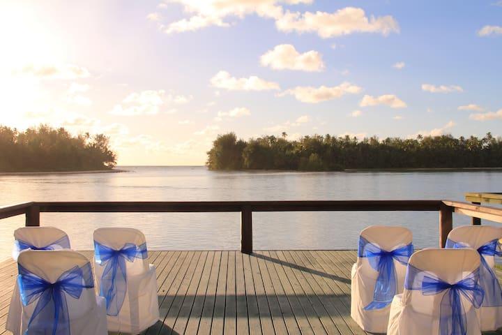 Aroko Bungalows Lagoon Villas